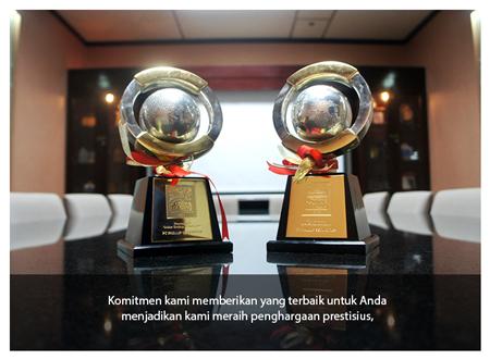Penghargaan The Best Social Activation dalam ajang Online Trading Terbaik 2015 yang diselenggarakan Majalah Investor. Sumber foto: Phillip Securities Indonesia